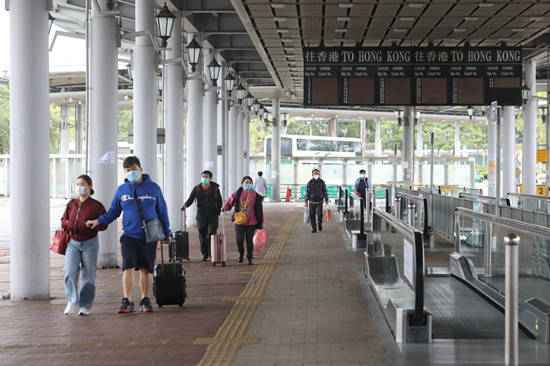 港府最新防疫措施:内地抵港人士强制检疫延长至8月7日