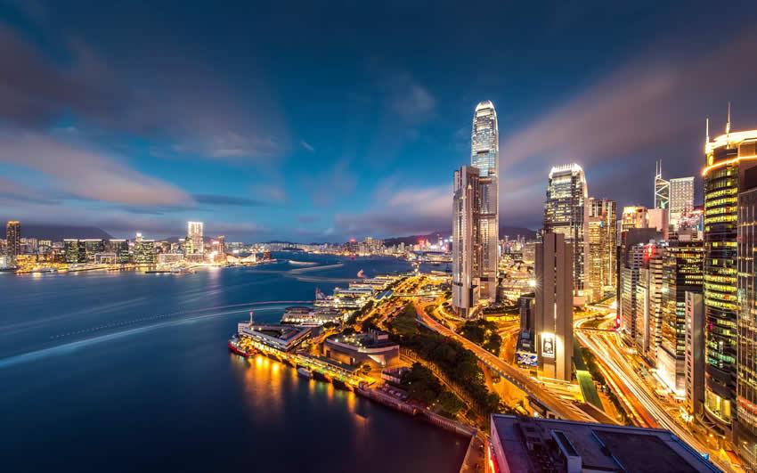 如何证明香港和中国身份是同一人用于出售深圳房产事宜?